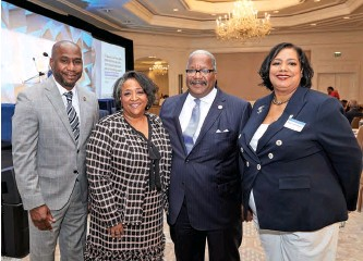 ??  ?? Riviera Beach, Florida, Mayor Ronnie Felder (l) and West Palm Beach Mayor Keith James join ELC Interim President and CEO Crystal E. Ashby (2nd from left) and ELC Board Chair Tonie Leatherberry to welcome ELC members to the 2020 Winter Meeting in Florida.