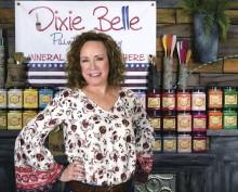 ?? Photo courtesy of Dixie Belle Paint Company ??