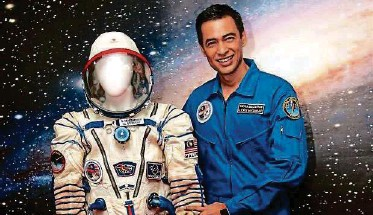 ??  ?? Dr Muszaphar conducted various experiments on the International Space Station to benefit both general science and medical research.