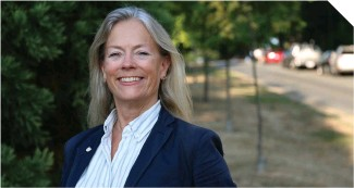 ??  ?? NPA councillor Colleen Hardwick (above) voted with three Green councillors and councillors with COPE and OneCity in extending rental protections to four commercial zoning categories.