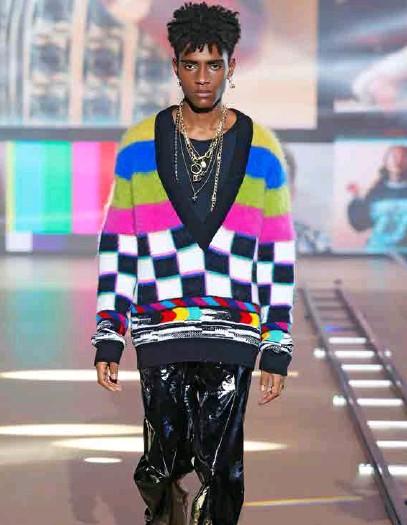 ??  ?? Dolce & Gabbana