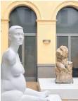?? FOTO: MEWO-KUNSTHALLE ?? Marc Quinns Marmorskulptur der Künstlerin Alison Lapper, die ohne Arme und mit verkürzten Beinen zur Welt kam, thematisiert die Wahrnehmung von Menschen mit Behinderungen.