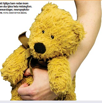 ?? FOTO: KRISTOFFER ÅBERG ?? Helsingfors stad satsar nu på en barnpsykiatrisk enhet för att hjälpa barn redan inom primärvården. Adressen och startdatum är oklara, men enheten ska tjäna hela Helsingfors. Personalen består av psykiatriker specialiserade på barn, barnneurologer, neuropsykologer, psykologer, ergoterapeuter, sjukskötare och socialarbetare.
