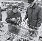 ?? Фото Валерия ХРИСТОФОРОВА ?? Цена на красную рыбу будет снижаться.