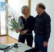 ??  ?? In Austria Sabine Simma Federspiel premiata in occasione di un evento del Seniorenbund in Vorarlberg