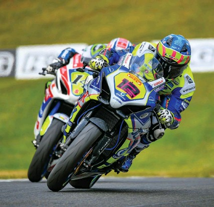?? Picture: Camipix Photography ?? Luke Hedger (No 12) in action at Oulton Park