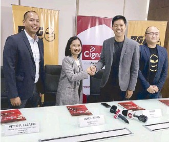??  ?? From left: Cignal's head of acquisition Vitto Lazatin, Cignal TV president and CEO Jane Basas, Astro head of Sports CK Lee and Astro SVP for eSports Edward Ng Sun Kong