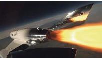?? Foto Virgin Galactic ?? Po ločitvi od matičnega plovila se bo raketno letalo v približno 20 sekundah povzpelo malce nad 80 kilometrov visoko.