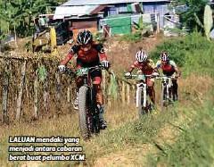 ??  ?? LALUAN mendaki yang menjadi antara cabaran berat buat pelumba XCM.