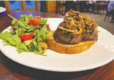 ?? GREG OLSEN ?? The steak sandwich is a delicious choice at St. Eugene resort's 19th Hole Restaurant. The resort will soon be implementing a new menu with a greater emphasis on Indigenous culinary offerings.