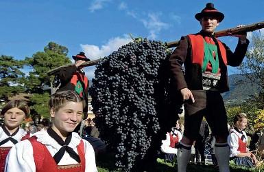 ??  ?? Tradizioni Due giorni di kermesse e non tre quest'anno Al posto del corteo, verranno posizionati i carri nelle piazze