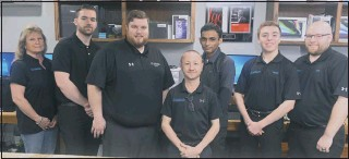 ?? PHOTOS BY TOM MCCALL ?? This is the crew at Jason's Computers in Easton. Left to right is Holley Lee, Nathan Allen, Ryan Protos, Jason Lee, Punit Patel, Jordan Lane and Chris Brodka.