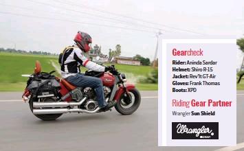 ??  ?? Gearcheck Rider: Aninda Sardar Helmet: Shiro R-15 Jacket: Rev'It GT-Air Gloves: Frank Thomas Boots: XPD Riding Gear Partner Wrangler Sun Shield
