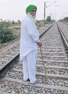 ??  ?? Nirmal Singh, whose son died by putting himself in the path of a train after their cotton fields were devoured by whiteflies, in Punjab.