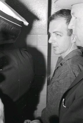 ?? (UTA Special Collections/Star-Telegram Collection/TNS) ?? LEE HARVEY OSWALD in police custody in Dallas, following assassination of President John F. Kennedy, on November 22, 1963.