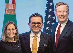 ?? AFP PIC ?? (From left) Canadian Minister of Foreign Affairs Chrystia Freeland, Mexican Economy Minister Idelfonso Guajardo and United States Trade Representative Robert Lighthizer at the seventh round of North American Free Trade Agreement talks in Mexico City on...