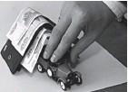 ?? Фото из архива «АиФ» ?? При оформлении полиса тщательно проверяйте данные о собственнике и автомобиле.