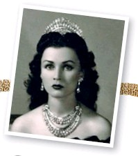 ??  ?? The princess Fawzia Fuad is pictured here in a photo by Cecil Beaton wearing one of Nicolas' favourite Van Cleef & Arpels pieces