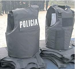 ?? Archivo ?? 52.000 policías bonaerenses deben renovar sus chalecos