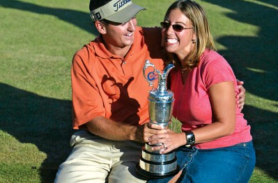 ??  ?? BELOW Ben Curtis and partner Candace are all smiles after his shock 2003 win.