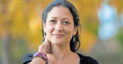 ?? ALFAGUARA ?? Sonrisa. Nacida en Cali, lleva cuatro novelas publicadas y una de ellas se tradujo a 22 idiomas.