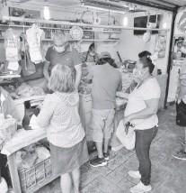 ?? MÁRQUEZ ?? Comerciantes de pescados y mariscos de Madero no logran repuntar las ventas/ALFREDO