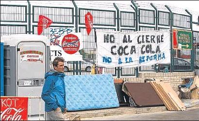 ?? DANI DUCH / ARCHIVO ?? Protesta por el ERE en Coca-Cola, cuya nulidad confirmó el Supremo