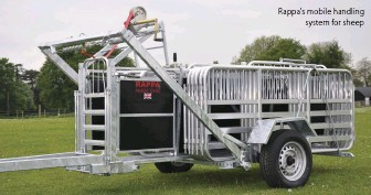 ??  ?? Rappa's mobile handling system for sheep