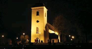 ?? FOTO: SVENSKA KYRKAN ?? EDS KYRKA. Många besökare väntas till kyrkorna och kyrkogårdarna i Väsby den här helgen.