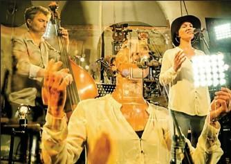 ??  ?? Le groupe «Au son des poètes» interviendra dans les Ehpad. Photo Fred Fouché.