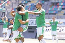 ??  ?? Gonzalo Álvarez y Joaquín Montecinos han sido los puntales de los verdes durante las últimas jornadas.
