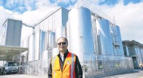 ?? PHOTOS: RICHARD DAVISON ?? Expansion . . . Danone Nutricia NZ operations director Leon Fung at the company's Clydevale, South Otago, plant this week.