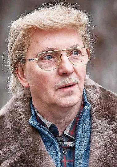 ?? Foto: WDR/beckground tv/Daniel Wolcke ?? Unverkennbar: Olli Dittrich als Donald Trumps deutscher Cousin Peter.