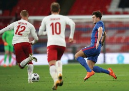 ?? (Reuters) ?? THE LAST time England and Denmark faced each other was in October in a Nations League group game at Wembley Stadium. In that match, English defender Harry Maguire (right) earned a red flag in a 1-0 Danish win. Tonight they duel again at Wembley in the Euro semifinal.