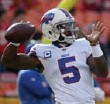 ?? THE ASSOCIATED PRESS FILE PHOTO ?? Bills quarterback Tyrod Taylor suffered a brain injury during the team's final possession on Sunday.