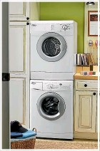 ??  ?? Centre: For spaceconstrained customers, Whirlpool has a variety of stackable models.