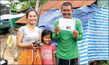 ?? UNDP ?? The Resilience Fund has played an important role in rolling out Cambodia's emergency cash transfer programme, which has delivered US$290 million to the poorest 693,000 Cambodian households amid the pandemic.