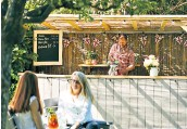 ??  ?? The Potting Shed Pub has given its beer garden a refresh