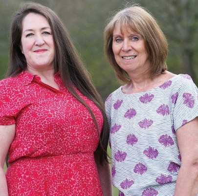 ??  ?? ●●Charity co-workers Jo Barber and Diane Massey are lockdown superslimmers pictured above as they look now and inset before their weight loss