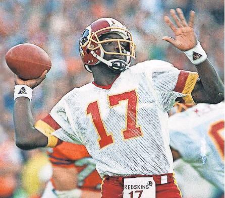 ?? ELISE AMENDOLA/ AP ?? Doug Williams won Super Bowl 22 while quarterbacking Washington.