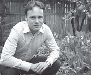 ?? MATTHEW TIMMINS, THE OTTAWA CITIZEN ?? Globetrotting Ottawa poet Shane Rhodes explores the world themes through literal and mental travel.