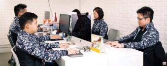??  ?? 浩宏(集團)有限公司創辦人及數據分析師李彥霆( Felix Li)浩宏重視服務質素,每名市場策劃顧問均需接受 50小時實體及短片培訓,確保他們能為客戶帶來最大價值。