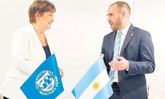 ?? AFP ?? Georgieva y Guzmán, en uno de los últimos encuentros. Sintonía en temas centrales.