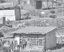 ?? CARRIZALES ?? La Paz y Los Cabos, son los municipios con mayor índice de pobreza/MAYRA