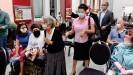 ??  ?? Sagen, was mit den Sinti passiert ist: Zilli Schmidt (96) kam trotz Corona-Pandemie zur Lesung ihres Buchs in Mannheim
