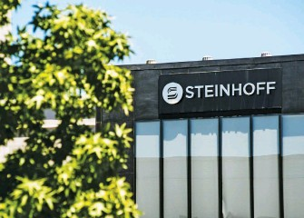 ?? Picture: Bloomberg ?? CAUSE. The Steinhoff problem arose from an excessive amount of trust – in former CEO Markus Jooste and in the audited accounts signed off by Deloitte.