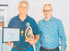 ??  ?? Brendan Gibbs Katikati Fire Brigade — Best Volunteer Organisation.