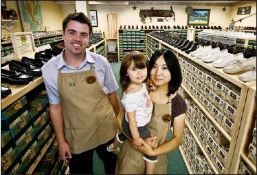 ?? DARREN STONE, TIMES COLONIST ?? Jeremy Newnes and his family, Aki Newnes and two-year-old Raiya, have opened SAS Comfort Shoes, a specialty shoe store specializing in hard-to-find sizes and widths.