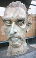 ?? JOHN LUCAS, THE JOURNAL ?? Vincent Van Gogh's head by Joe Fafard