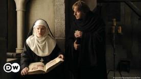 ??  ?? Barbara Sukowa (left) and Heino Ferch (right) in the movie 'Vision'